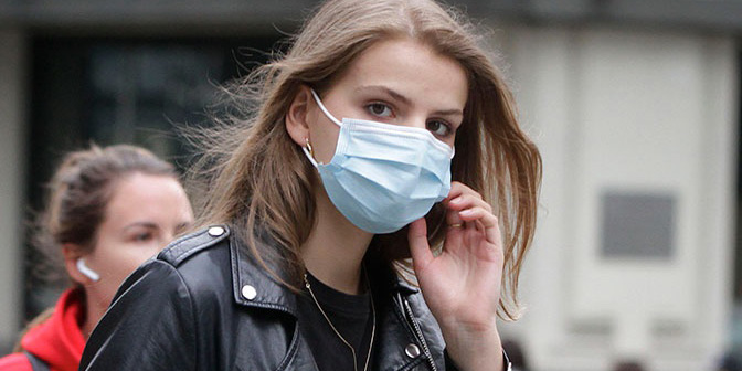 Минздрав рекомендует использовать маски при посещении объектов иорганизаций
