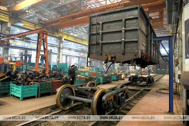 Могилёвский вагоностроительный завод впервые поставит подвижной состав вЛитву