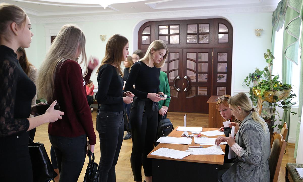 Кастинг наконкурс красоты «Мисс Беларусь-2020» прошел вМогилеве