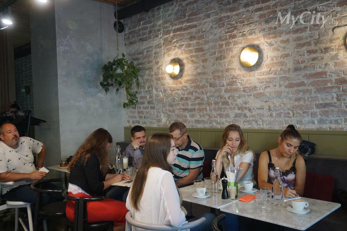 Отечественные звёздные команды изарубежные гости зарегистрировались для участия вмогилёвском «Мебелаин Марафоне»