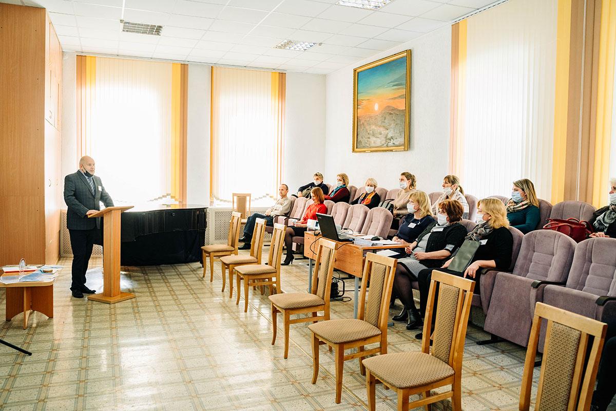 Презентация креатив-студии областного ресурсного инновационного центра состоялась вМогилевской гимназии-колледже искусств
