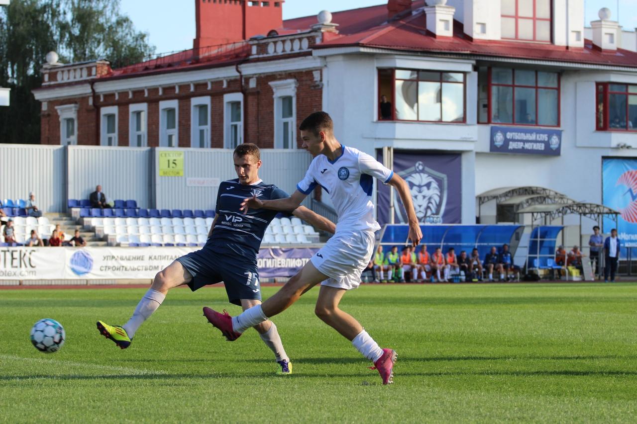 Игра водни ворота: могилевский «Днепр» выиграл угомельского «Бумпрома» сосчетом 9:0