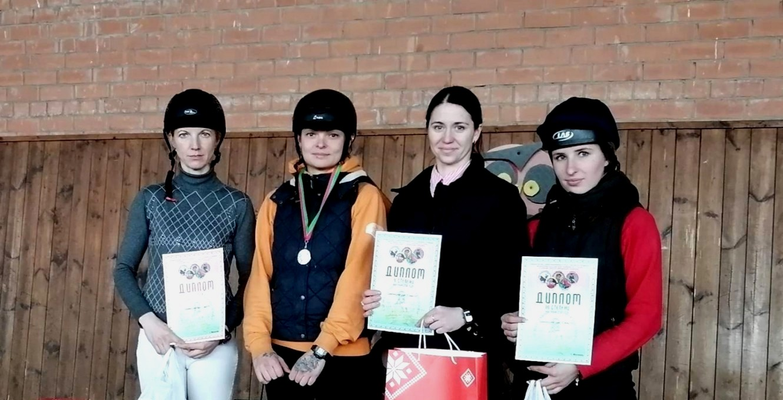 Могилевские всадницы вернулись смедалями чемпионата Беларуси повыездке
