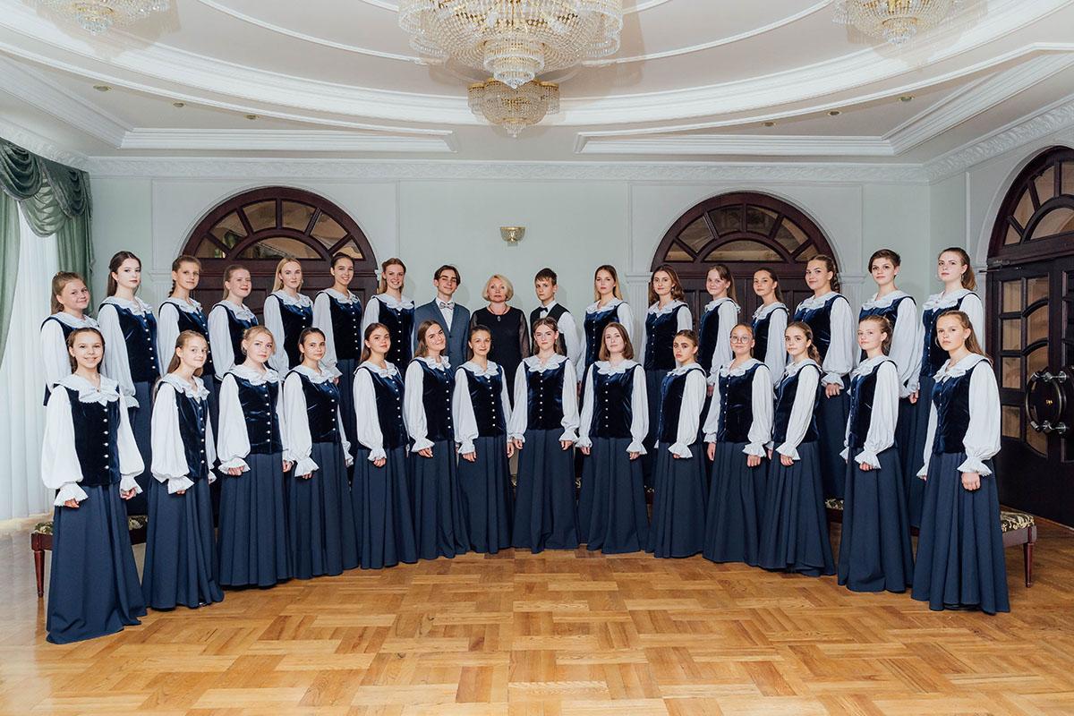 Образцовый концертный хор Могилевской гимназии-колледжа искусств стал лауреатом 1степени смотра-конкурса «Спяваем разам»