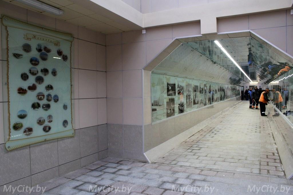 Картинки по запросу фото галерея в переходе Могилёв