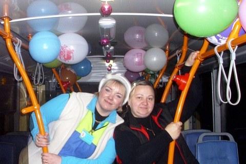 «Новогодний» троллейбус курсирует по Могилёву