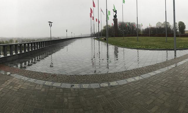 Площадь Славы вМогилёве продолжает «обрастать» именами