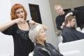 Услугами парикмахерских соскидками смогут воспользоваться пожилые люди вМогилёве 1октября